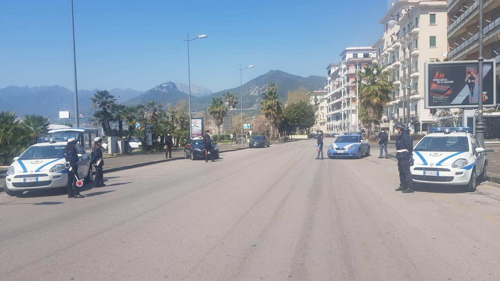 Attività di controllo nelle strade di Salerno